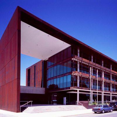 queanbeyan-government-centre@2x